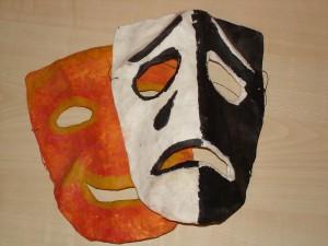 грустная маска
